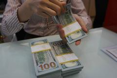 Giá USD tự do bật tăng