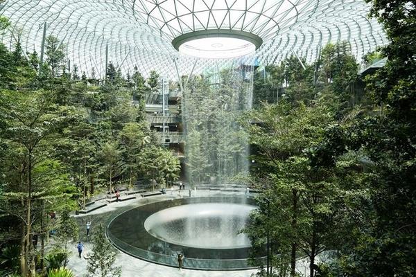 Chuyện kinh doanh của gia tộc đứng sau nhiều công trình nổi tiếng Singapore