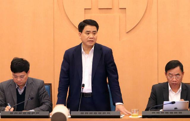 Chủ tịch UBND Hà Nội Nguyễn Đức Chung chỉ đạo tại cuộc họp. Ảnh: T.T.