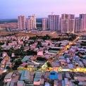<p> Theo kế hoạch phát triển, giai đoạn 1 của dự án có 17 công trình nhà ở chung cư cao tầng thuộc Khu A với tổng diện tích hơn 66,5 ha, quy mô dân số khoảng 37.600 người. Tổng số căn hộ vào khoảng 10.300 căn.</p>