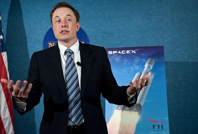 Bộ sách truyền cảm hứng cho Elon Musk thành lập SpaceX