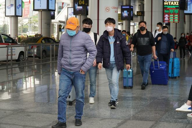 Hàng không Việt tiếp tục giảm tần suất đi Hàn Quốc vì Covid-19