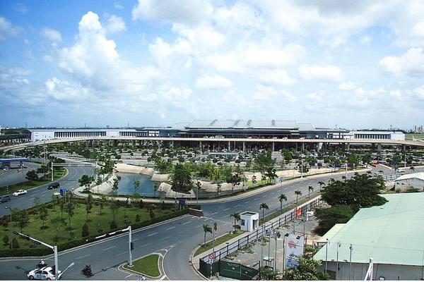 Sân bay Tân Sơn Nhất đề xuất đóng cửa 1 đường băng vào ban đêm để sửa chữa