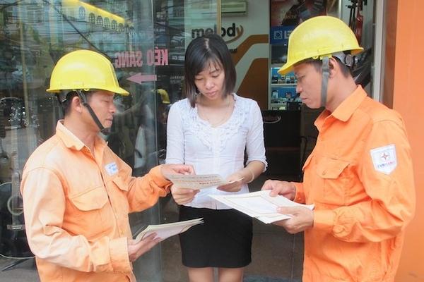 Bộ Công Thương đánh giá tác động của 5 phương án giá bán lẻ điện sinh hoạt