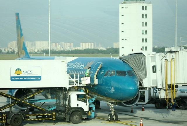 Tổng Công ty Cảng hàng không chuyển về ACV cũng cho rằng gặp một số vướng mắc.
