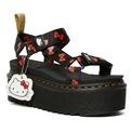 <p> Những đôi dép sandal sở hữu phần đế dày, đường chỉ vàng may nổi đặc trưng của Dr.Martens với phần quai được trang trí hoạ tiết nơ đỏ thường thấy của Hello Kitty.</p>