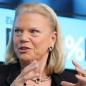 <p> Ginni Rometty, CEO của IBM sẽ thôi giữ chức vụ giám đốc điều hành từ tháng 4 năm nay. Thay thế bà Rometty là Arvind Krishna, phó chủ tịch mảng phần mềm thông minh và đám mây. (Ảnh:<em> Getty</em>)</p>