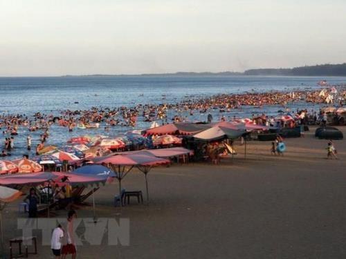 Bãi biển Cửa Lò, Nghệ An.  Điều chỉnh tổng thể quy hoạch chung xây dựng khu kinh tế Đông Nam Nghệ An dieu chinh quy hoach nam nghe 7535 9631 1582863412