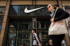 Nike mất 17 tỷ USD bởi corona virus