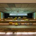 <p> Rạp chiếu phim gia đình với diện tích lớn, được thiết kế phía sau hồ bơi.</p>