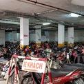 <p> Bãi gửi xe tầng hầm <span>có</span>sức chứa trên 1.000 xe máy và 50 xe hơi.</p>