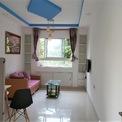 <p> Ở một căn hộ 39,5 m2 khác, việc thiết kế khá đơn giản với phòng khách gọn gàng, đủ các vật dụng cần thiết.</p>