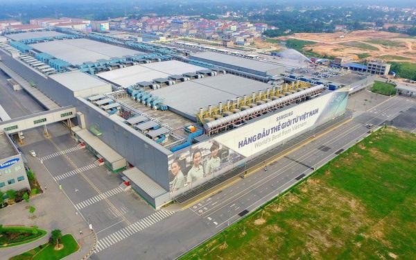 Thu lãi 100.000 tỷ đồng từ hoạt động tại Việt Nam nhưng tốc độ tăng trưởng của tổ hợp Samsung đang sa sút