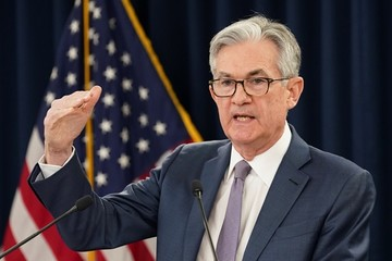 Fed sẽ làm gì tiếp sau hạ lãi suất khẩn cấp vì Covid-19