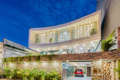 'Biệt thự san hô' phong cách châu Âu hướng biển ở Đà Nẵng