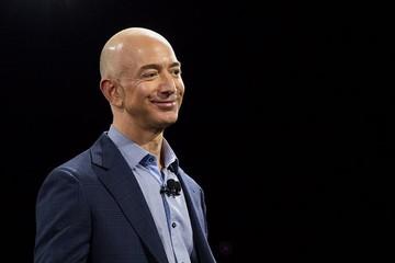 Jeff Bezos: Tôi thành công vì 'trúng số nhiều lần'