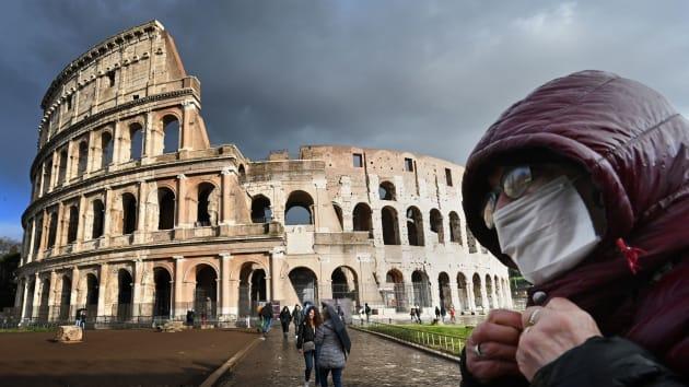 Số ca tử vong vì dịch Covid-19 vượt 4.000, Italia phong tỏa toàn quốc