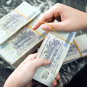 Việt Nam nỗ lực giảm lãi suất cho vay hỗ trợ nền kinh tế