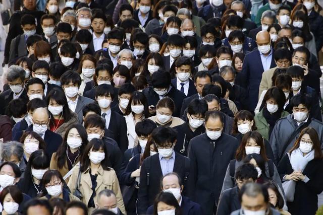 WHO tuyên bố đại dịch sẽ ảnh hưởng thế nào đến thế giới