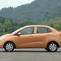 """<p class=""""Normal""""> <strong>Hyundai: giảm 15-40 triệu đồng</strong></p> <p class=""""Normal""""> Trong tháng 3, Hyundai giảm giá 15 triệu đồng cho mẫu xe cỡ nhỏ Hyundai Grand i10 hatchback phiên bản số sàn hoặc số tự động; 20 triệu đồng cho mẫu sedan hạng C Elantra. Hyundai KONA được ưu đãi 40 triệu đồng trong khi mẫu ôtô thương mại 16 chỗ Solat được giảm 30 triệu đồng. (Ảnh: <em>Hyundai</em>)</p>"""