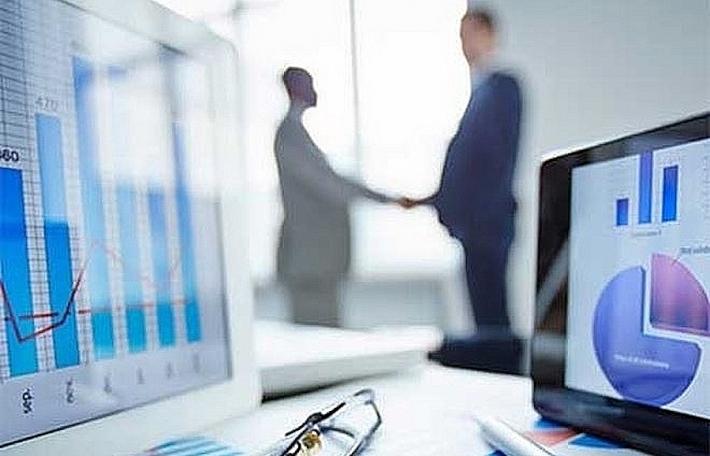 Khối ngoại đẩy mạnh bán ròng hơn 700 tỷ đồng trong phiên nhà đầu tư tham gia bắt đáy