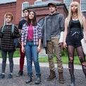 """<p class=""""Normal""""> <strong>4. Mulan, The New Mutants và Antlers</strong></p> <p class=""""Normal""""> Disney đã làm theo Paramount Pictures khi đã quyết định trì hoãn vô thời hạn các bộ phim: Mulan, The New Mutants và Antlers. Đây là ba tác phẩm dự kiến ra rạp trong cuối tháng 3 và tháng 4 của hãng. Trong đó, có hai phim Disney thừa hưởng từ 20th Century Fox sau vụ sáp nhập hồi đầu 2019 là The New Mutants, phim siêu anh hùng và Antlers,<span>phim kinh dị có Guillermo del Toro đóng vai trò nhà sản xuất. (Ảnh:</span><span>Phim The New Mutants, <em>20th Century Fox</em></span><span style=""""color:rgb(17,17,17);"""">)</span></p>"""