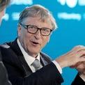<p> Hôm qua (13/3), Bill Gates tuyên bố rời khỏi Hội đồng quản trị Microsoft - chức vụ cuối cùng tại tập đoàn phần mềm do ông sáng lập cách đây 45 năm. Bill Gates là một trong những cổ đông lớn của công ty này với số cổ phần là 1,36%, theo FactSet. Hiện Microsoft là một trong những công ty giá trị nhất thế giới với vốn hóa thị trường là 1.210 tỷ USD. (Ảnh: <em>Bloomberg</em>)</p>