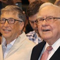 <p> Tỷ phú giàu thứ 2 thế giới cũng không còn là thành viên Hội đồng quản trị của Berkshire Hathaway, tập đoàn được điều hành bởi người bạn thân Warren Buffett. Theo Microsoft, Gates muốn dành nhiều thời gian hơn cho hoạt động từ thiện tại Quỹ Bill &amp; Melinda Gates, một trong những tổ chức phi lợi nhuận lớn nhất thế giới, được bắt đầu với hàng tỷ USD mà ông kiếm được từ Microsoft. (Ảnh: <em>CNBC</em>)</p>