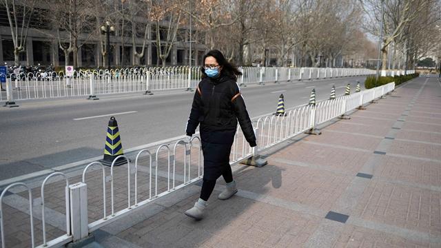 Sinh viên tốt nghiệp ở Trung Quốc khó kiếm việc do virus corona