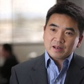 <p> <strong>Eric Yuan, người sáng lập công ty hội nghị trực tuyến Zoom</strong>quyết định cung cấp miễn phí dịch vụ của hãng không giới hạn cho một số nơi bị ảnh hưởng lớn vì Covid-19 như Trung Quốc, Italia... (Ảnh: <em>LinkedIn</em>)</p>