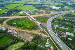 Thủ tướng yêu cầu kịp thời giải ngân dự án cao tốc Trung Lương - Mỹ Thuận