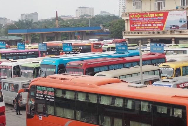 Bị giảm đến 50% khách do dịch Covid-19, bến xe Hà Nội được miễn phí dịch vụ cho nhà xe.