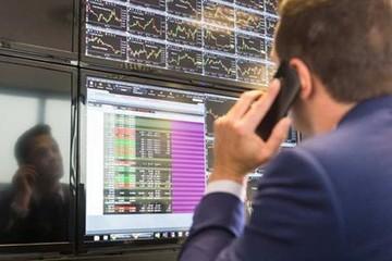 Khối ngoại bán ròng hơn 523 tỷ đồng, ETF SSIAM VNFIN Lead được mua ròng hơn 200 tỷ