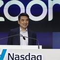 <p> Khi đại dịch Covid-19 lây lan khiến nhiều công ty tạm đóng cửa và hủy bỏ các cuộc họp, hội nghị, việc giảng dạy và học tập được chuyển sang trực tuyến để hạn chế tiếp xúc. Cùng với đó, nhu cầu sử dụng các phần mềm họp trực tuyến như Zoom trở nên bùng nổ. Theo thống kê của <em>Bloomberg</em>, tính từ đầu năm đến ngày 16/3, cổ phiếu của Zoom đã tăng 58%. Hiện Eric Yuan đang sở hữu khối tài sản trị giá 5,8 tỷ USD, theo ước tính của <em>Forbes</em>. (Ảnh: <em>Bloomberg</em>)</p>