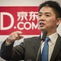 <p> Lưu Cường Đông - nhà sáng lập Tập đoàn công nghệ JD.com và là người giàu thứ 40 ở Trung Quốc - thiệt hại 2,7 tỷ USD, tương đương 25% tổng tài sản. Giá cổ phiếu của JD sụt 13% tại Mỹ kể từ ngày 19/2. Ảnh: <em>WSJ</em>.</p>