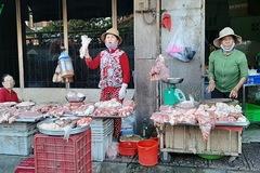 Giá thịt lợn ở TP HCM vẫn chưa giảm