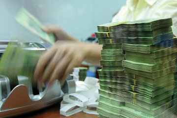Ngân hàng cơ cấu lại nợ để chặn nợ xấu