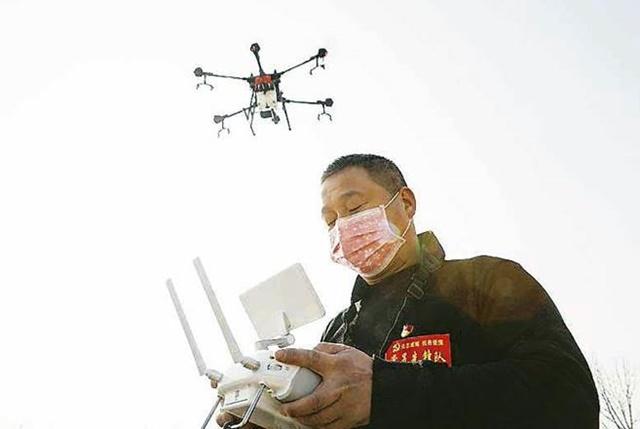 Trong cuộc chiến chống Covid-19, nhiều quốc gia áp dụng hàng lọat các công cụ kiểm soát mới, điển hình là Trung Quốc.