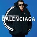 """<p> <strong>4.<span style=""""color:rgb(0,0,0);"""">Balenciaga và Saint Laurent</span></strong></p> <p class=""""Normal""""> Nhãn hiệu thời trang cao cấp Saint Laurent và Balenciaga, 2 thương hiệu con của tập đoàn xa xỉ Kering sẽ bắt đầu sản xuất khẩu trang để giảm bớt tình trạng thiếu hụt trong cuộc khủng hoảng dịch Covid-19, đại diện của công ty mẹ Kering đã chia sẻ vào Chủ nhật 22/3 vừa qua.</p> <p class=""""Normal""""> Tập đoàn Kering có trụ sở tại Paris, sở hữu thương hiệu Gucci (trụ sở tại Milan, Italia)cho biết Saint Laurent và Balenciaga sẽ bắt đầu sản xuất khẩu trang trong xưởng của họ ngay khi quy trình và nguyên liệu sản xuất của hãng được phê duyệt chính thức bởi cơ quan chức năng.</p>"""