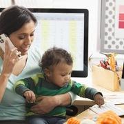 Cách làm việc tại nhà giúp phụ huynh khỏi 'đau đầu' vì trông trẻ