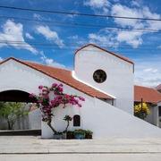Nhà mái ngói ở Nha Trang với nhiều không gian hình dạng khác nhau