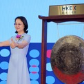 """<p class=""""Normal""""> <strong>1.<span> </span>Zhong Huijuan: 13,4 tỷ USD<span> </span></strong></p> <p class=""""Normal""""> Quốc gia: Trung Quốc</p> <p class=""""Normal""""> Zhong Huijuan là người sáng lập hãng dược phẩm Hansoh - nhà sản xuất thuốc thần kinh lớn nhất Trung Quốc. Trước đó, bà từng là giáo viên dạy hóa học cấp hai ở Giang Tô. (Ảnh: <em>Bloomberg</em>)</p>"""