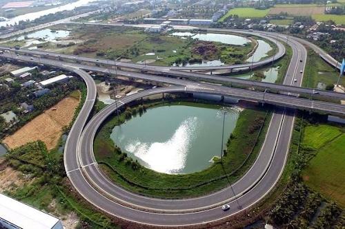 Rà soát chi tiết 8 dự án thành phần cao tốc Bắc - Nam khi chuyển sang đầu tư công
