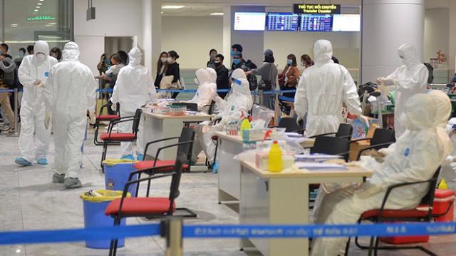 Bộ Y tế thông báo khẩn thêm 7 chuyến bay có hành khách mắc Covid-19