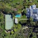 <p> David Sackler sống tại căn biệt thự rộng 930 m2 trị giá 22,5 triệu USD tại khu Bel Air, thành phố Los Angeles (California). <em>Ảnh: Google Maps</em></p>