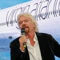 """<p> """"Phương châm của tôi là nếu có tiền, tôi sẽ đầu tư vào các dự án mới và không giữ tiền quanh mình"""", Richard Branson - người sáng lập Virgin Group. (Ảnh: <em>Bloomberg</em>)</p>"""