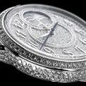 """<p class=""""Normal""""> Égérie Moon Phase Diamond sở hữu bộ chuyển động 1088 L, hiển thị giờ, phút, giây và trình diễn hình ảnh mặt trăng ở vị trí một giờ.</p>"""