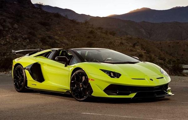 Nhân viên mới vào nghề khiến Lamborghini triệu hồi xe