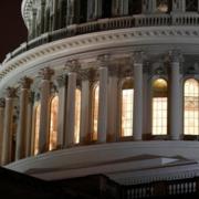 Thượng viện Mỹ thông qua gói kích thích kinh tế 2.000 tỷ USD