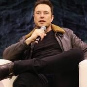 Elon Musk mở lại nhà máy ở New York để sản xuất máy thở điều trị Covid-19